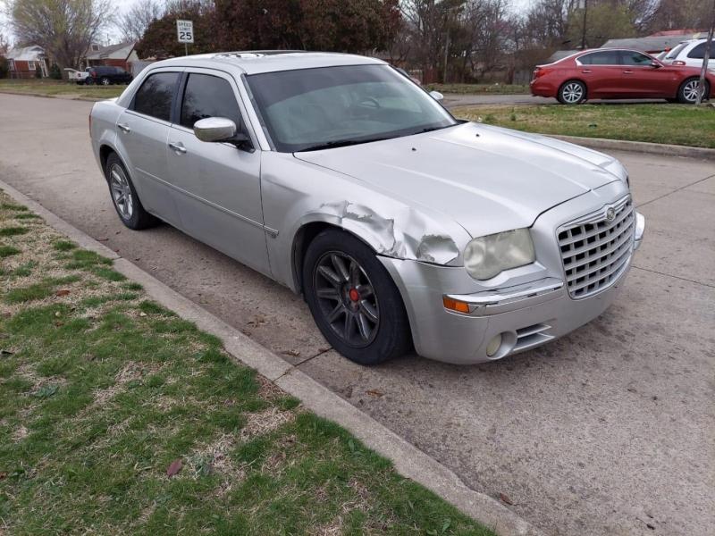 Chrysler 300 2005 price $3,500