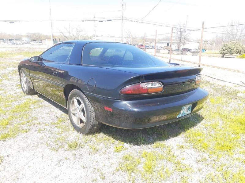 Chevrolet Camaro 2002 price $6,000