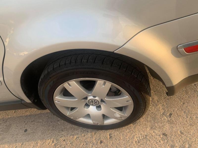 Volkswagen New Passat/Passat 2001 price $5,500