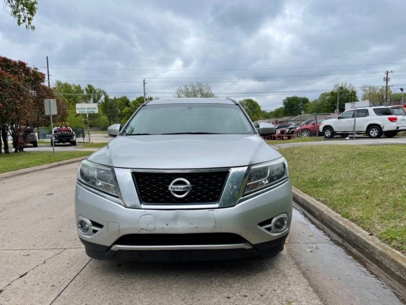 Nissan Pathfinder 2015 price $10,000