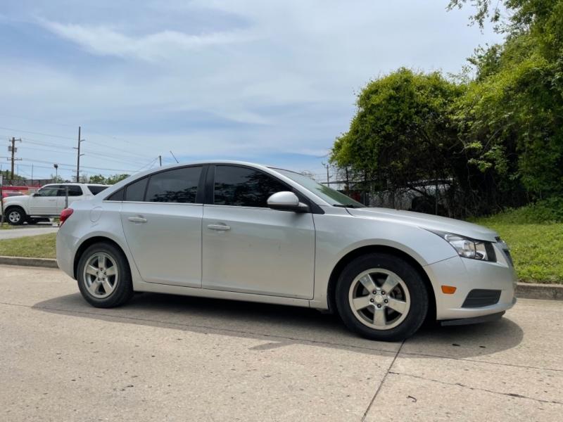 Chevrolet Cruze 2014 price $7,000