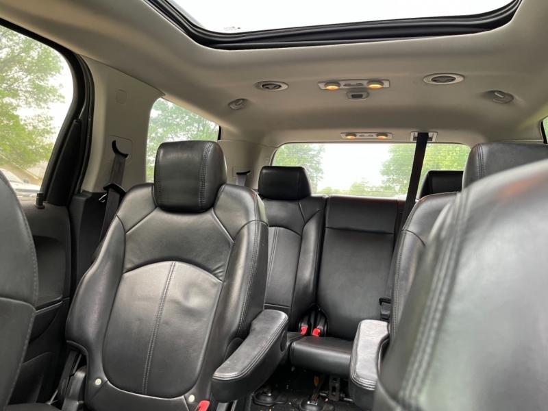GMC Acadia 2007 price $7,500