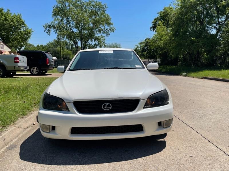 Lexus IS 300 2001 price $5,000