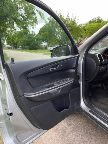 GMC Acadia 2012 price $11,500