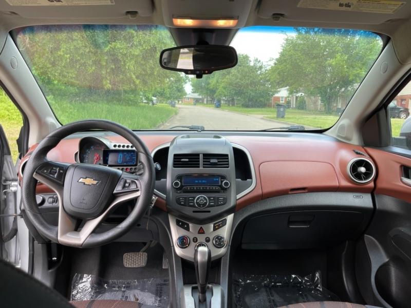 Chevrolet Sonic 2012 price $7,500