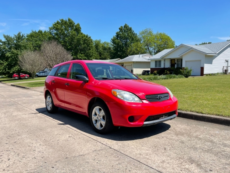 Toyota Matrix 2005 price $6,000