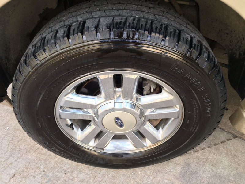 Ford Expedition EL 2007 price $5,000