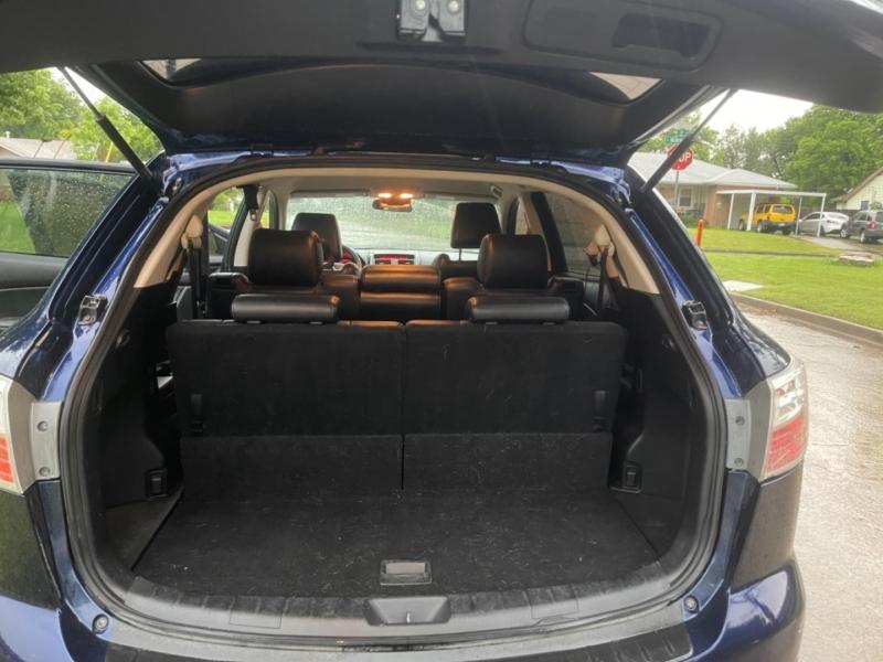 Mazda CX-9 2011 price $9,999