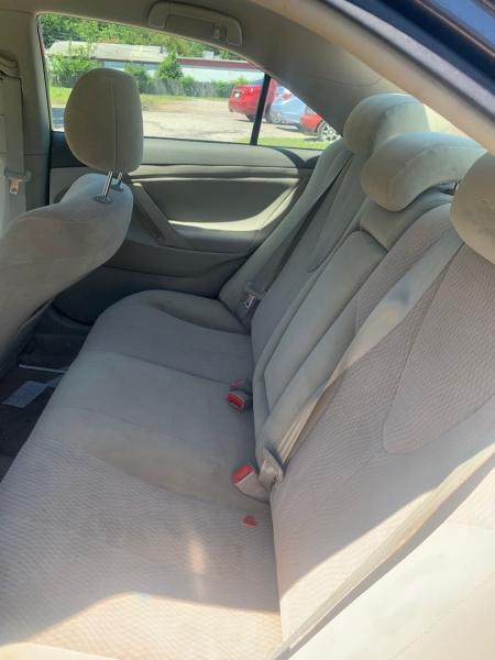 Toyota Camry 2010 price $7,000
