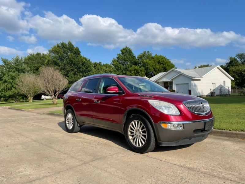 Buick Enclave 2011 price $10,500