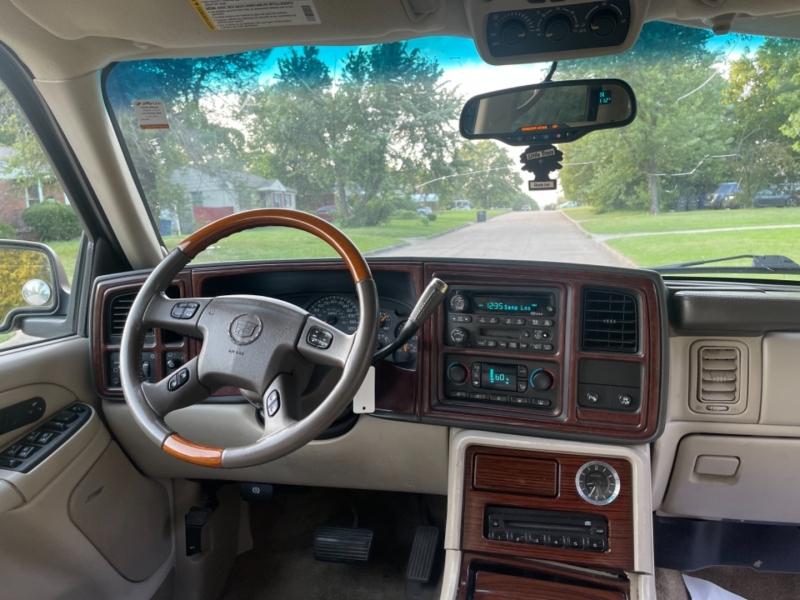 Cadillac Escalade 2003 price $7,500