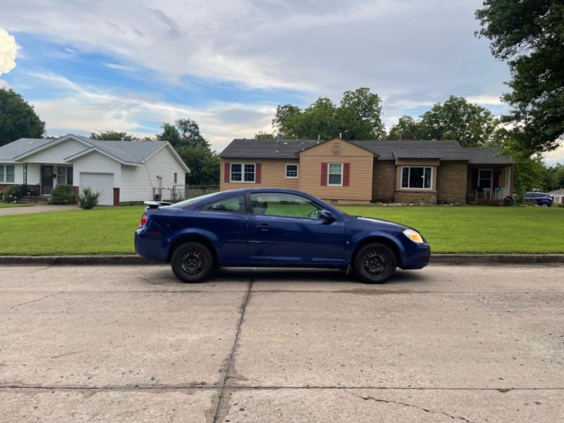 Chevrolet Cobalt 2007 price $2,500