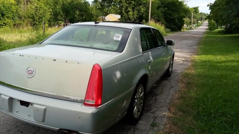 Cadillac DTS 2006 price $3,000