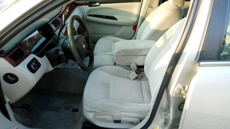 Chevrolet Impala 2008 price $2,999