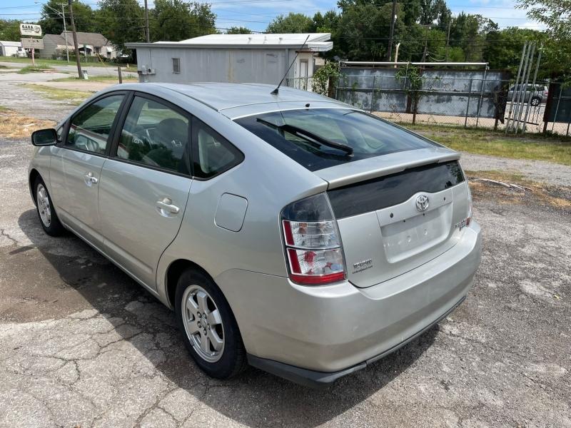 Toyota Prius 2005 price $4,999