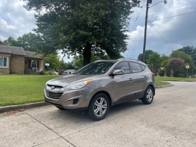 Hyundai Tucson 2011 price $7,500