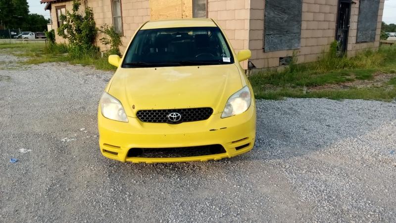 Toyota Matrix 2004 price $2,999