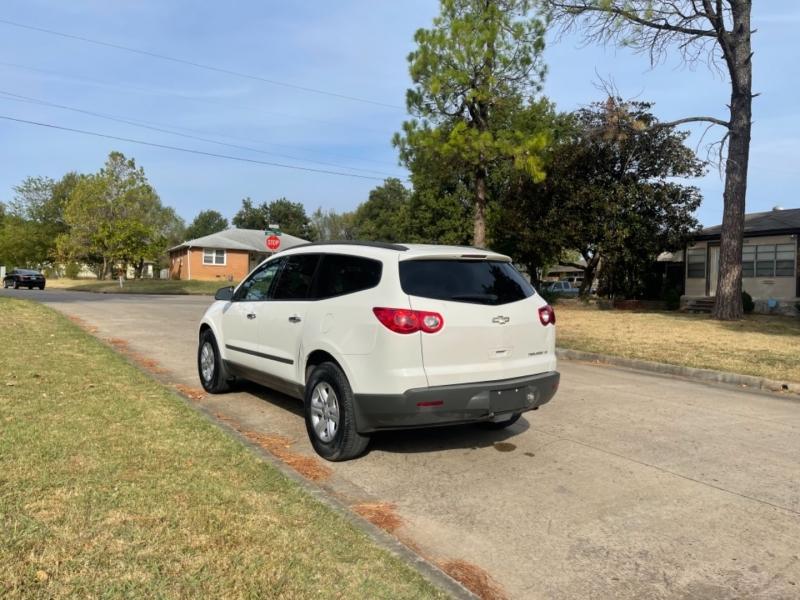 Chevrolet Traverse 2012 price $9,999