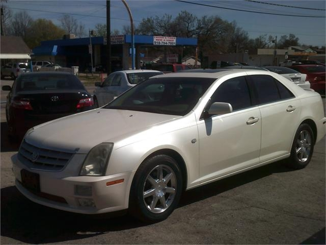 Cadillac STS 2005 price $4,000