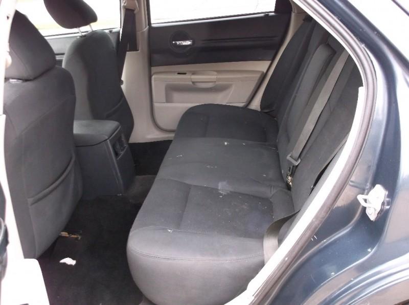 Dodge Magnum 2007 price $4,000