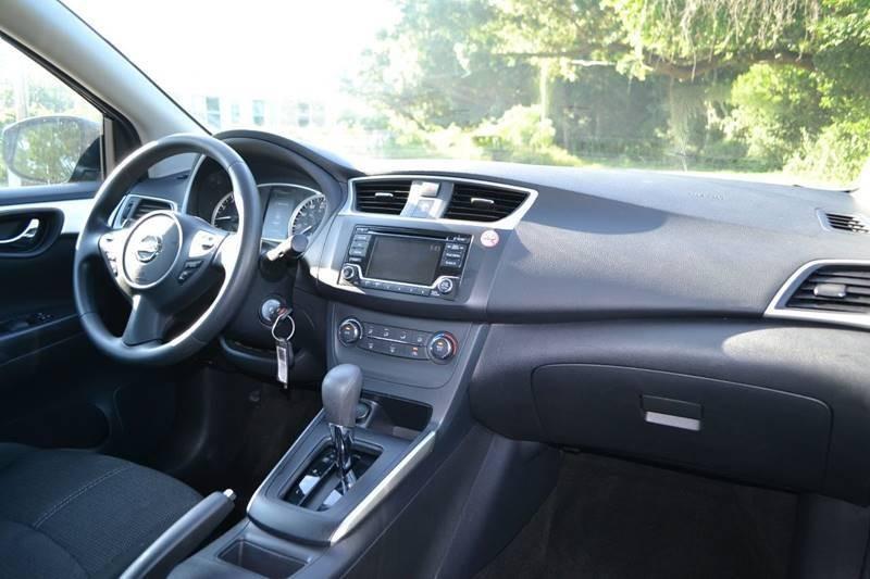 Nissan Sentra 2018 price $13,300