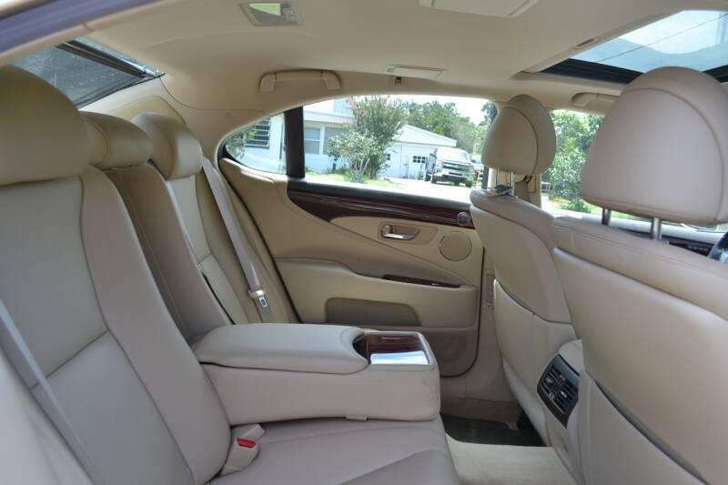 Lexus LS 460 2009 price $14,750