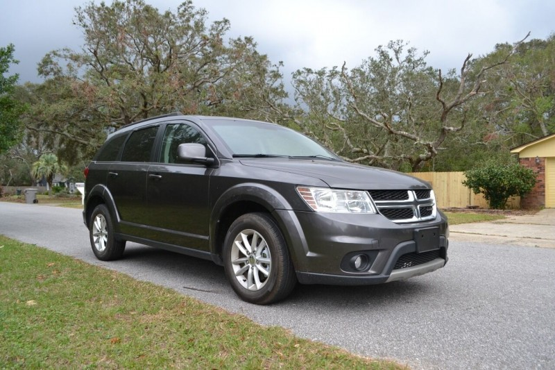 Dodge Journey 2015 price $9,385