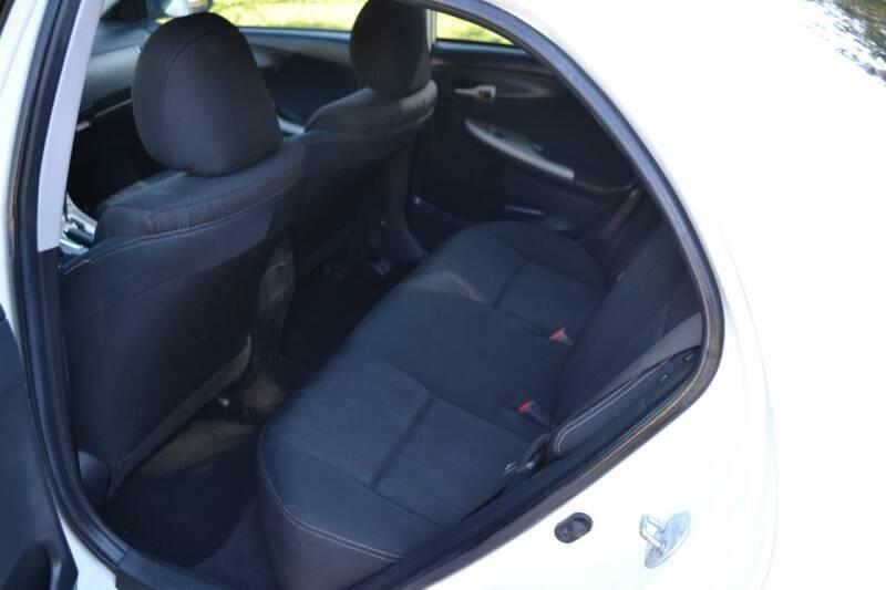 Toyota Corolla 2012 price $8,675