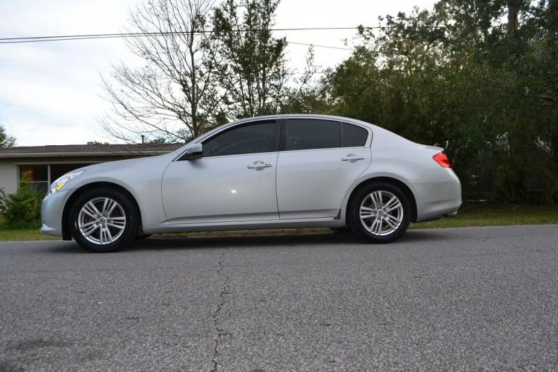 Infiniti G25 Sedan 2011 price $11,787