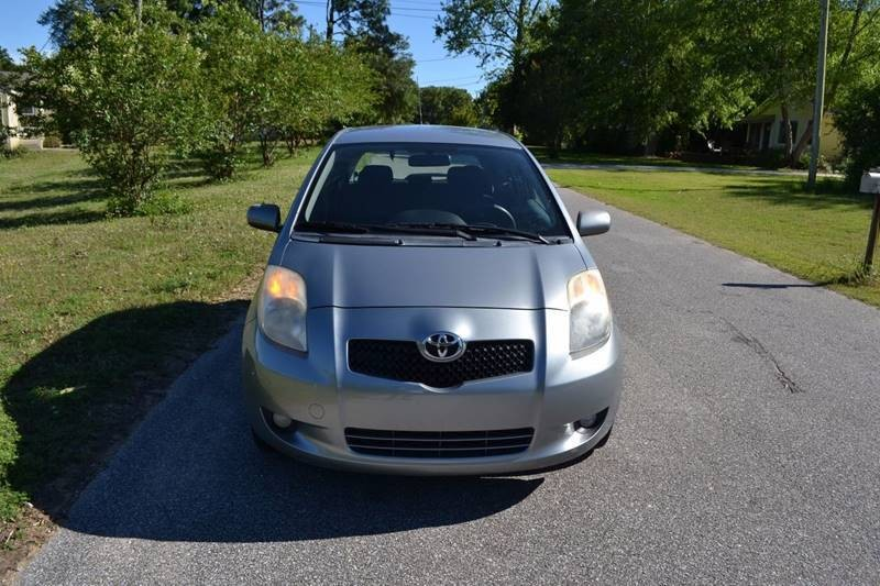 Toyota Yaris 2007 price $4,565