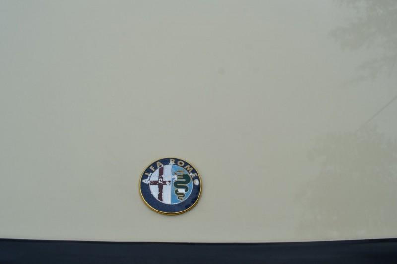 Alfa Romeo Spider 1988 price $11,787