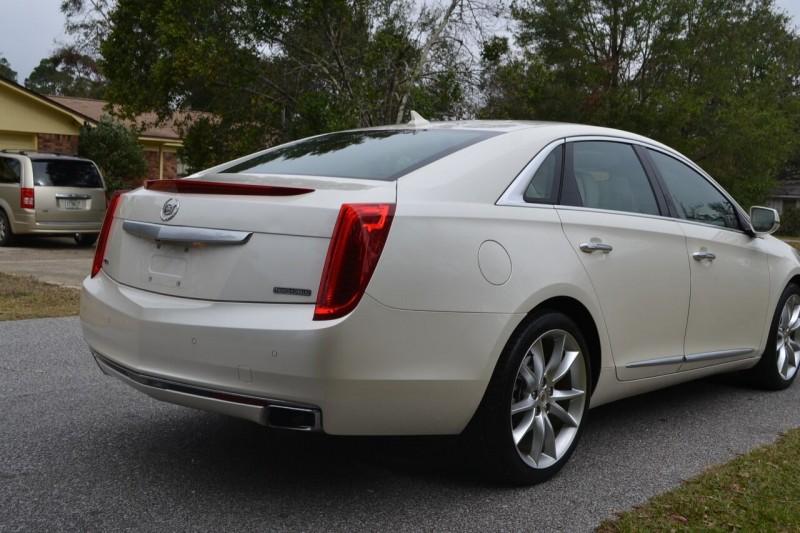 Cadillac XTS 2013 price $13,950