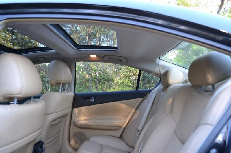 Nissan Maxima 2010 price $7,656