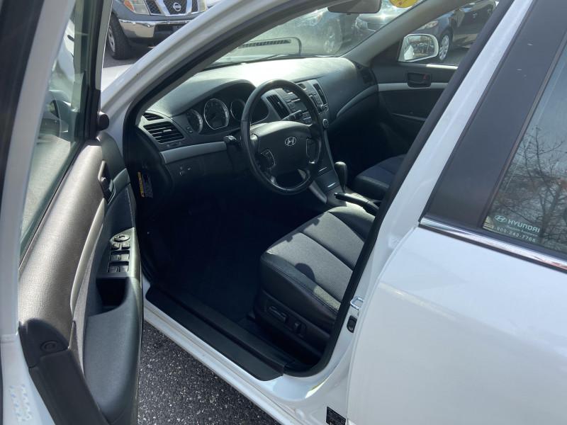 Hyundai Sonata 2010 price $6,395