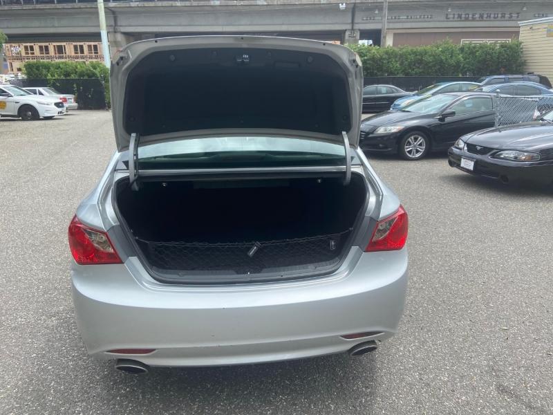 Hyundai Sonata 2011 price $7,395