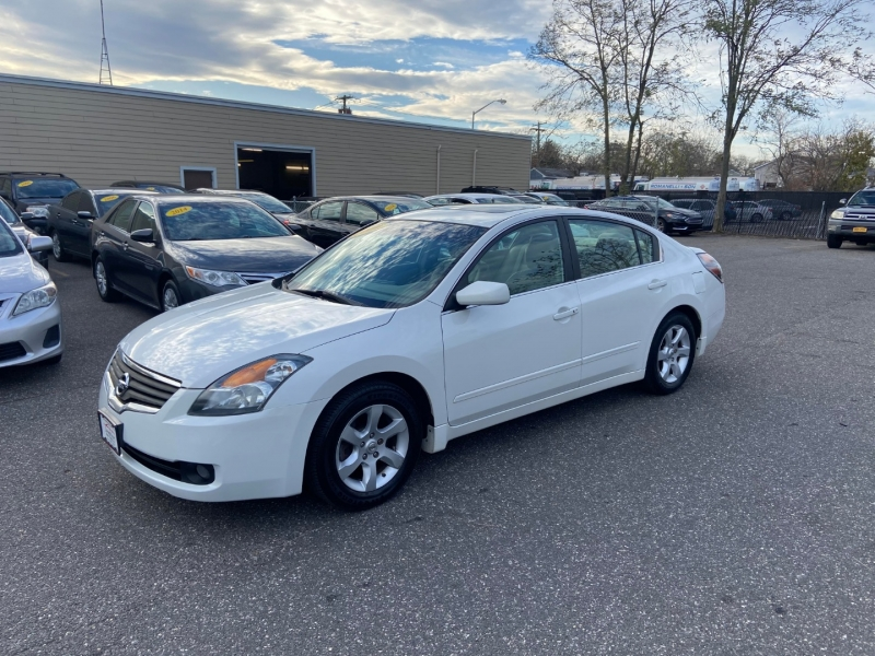 Nissan Altima 2009 price $6,795