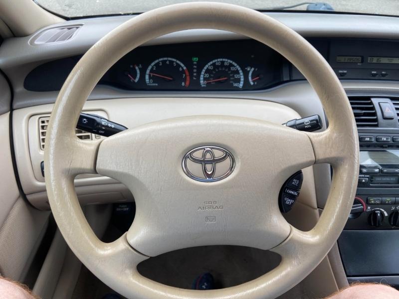 Toyota Avalon 2002 price $5,795