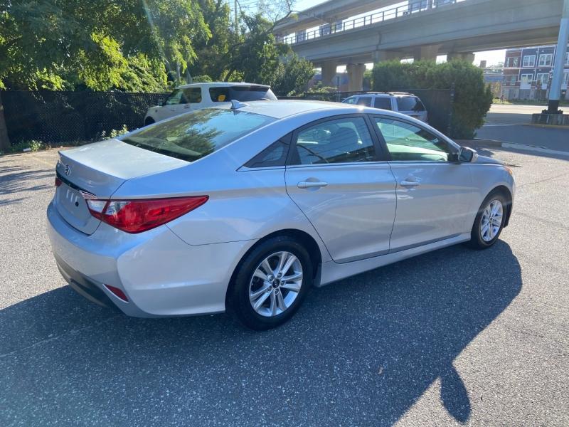 Hyundai Sonata 2014 price $7,995
