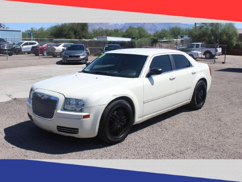 Chrysler 300 2007 price $4,000