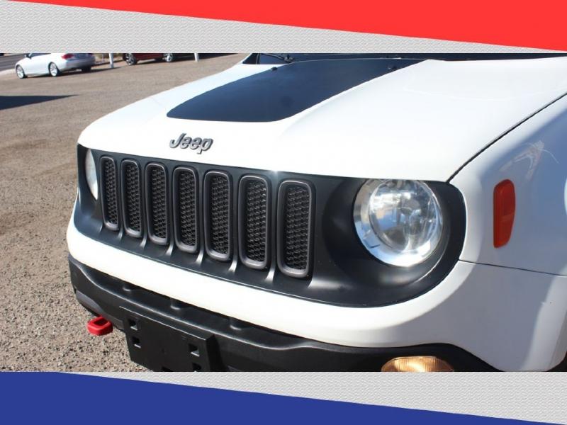 Jeep Renegade 2015 price $11,300