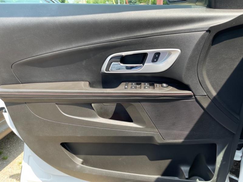 Chevrolet Equinox 2015 price $12,650