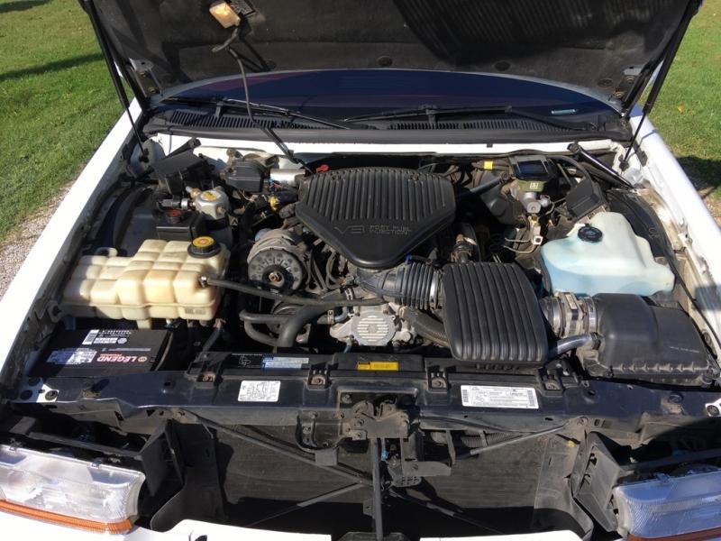 Buick Roadmaster 1996 price $13,500