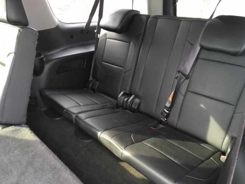 Chevrolet Suburban 2016 price $27,995