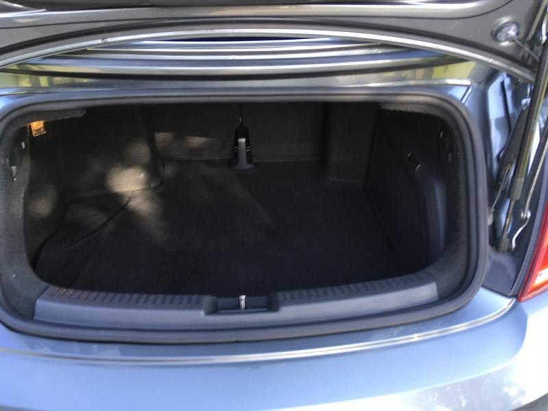 Volkswagen Beetle Convertible 2013 price $16,995