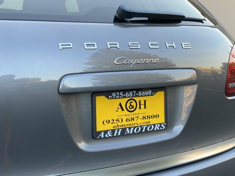 Porsche Cayenne 2013 price $24,995