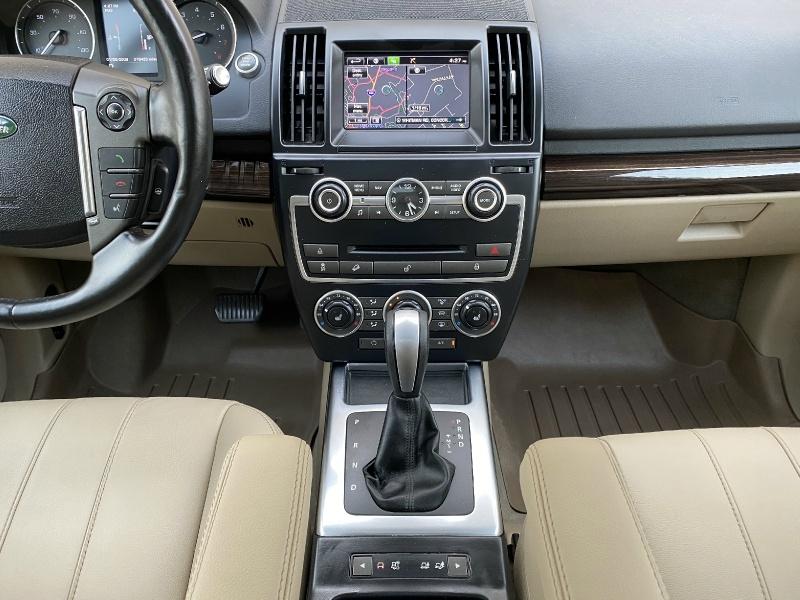 Land Rover LR2 2015 price $16,995