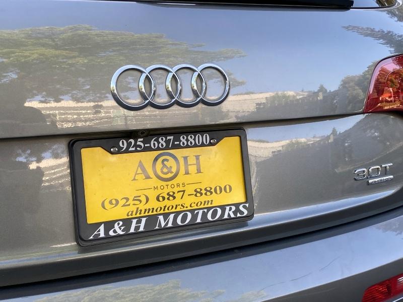 Audi Q7 2015 price $22,995