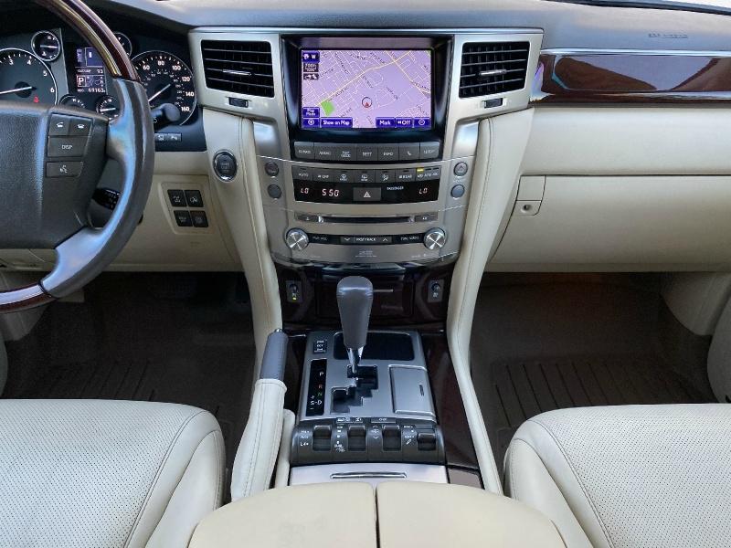 Lexus LX 570 2013 price $42,995