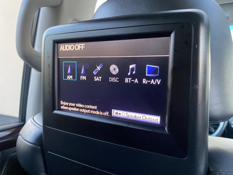 Lexus LX 570 2015 price $38,995