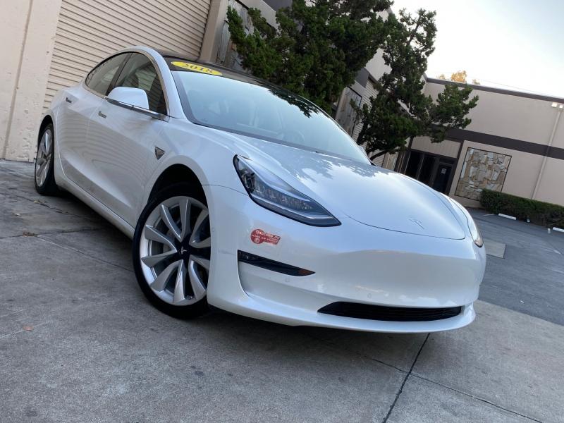 Tesla Model 3 2018 price $43,995
